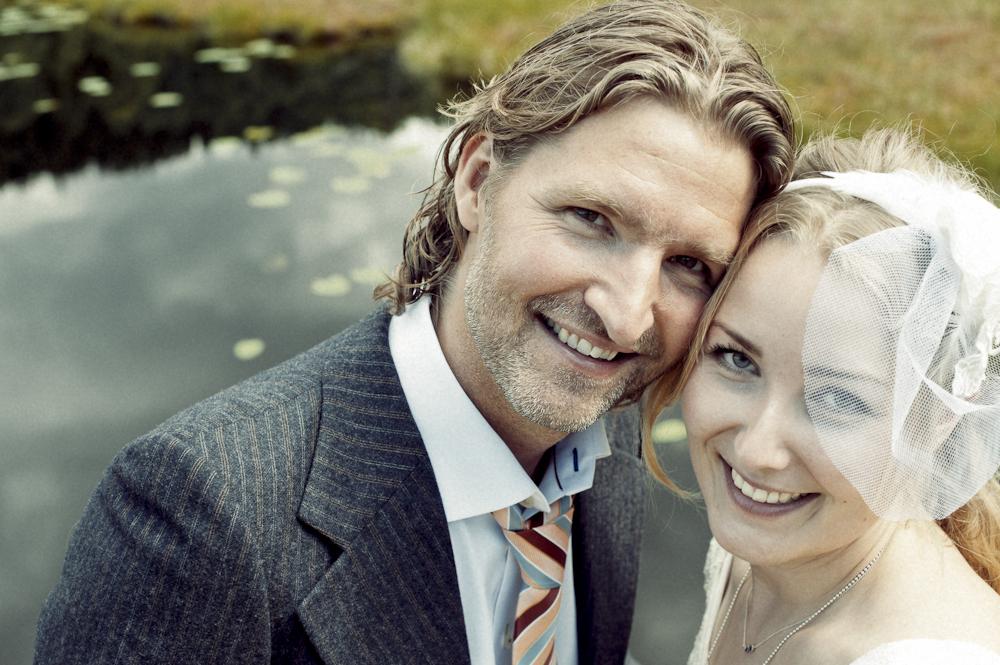 bröllop_värmland_torsby_porträtt_vintage_utomhus_77