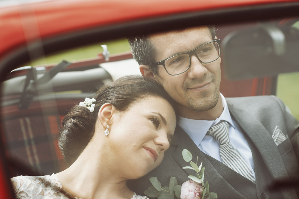 bröllop-tyresö-tyresö slott- vintage-porträtt-röd-04