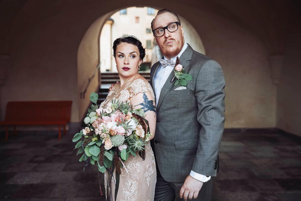 bröllop-tyresö-tyresö slott-filmiskt-blush-vintage-porträtt-viktorianskt-08