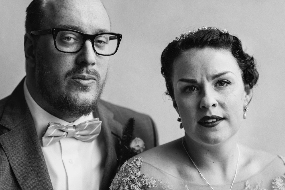 bröllop-tyresö-tyresö slott-filmiskt-blush-vintage-porträtt-viktorianskt-16