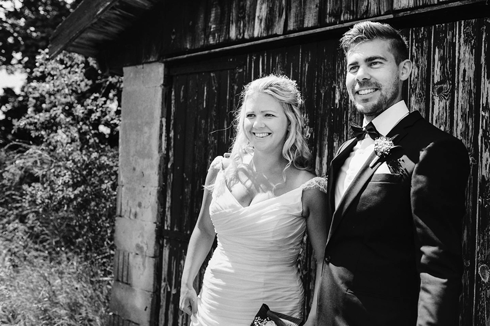 bröllop_mariefred_gripsholm_tåg_fält_porträtt_lantligt_07